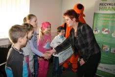 Slavnostní předání šeku za soutěž ve sběru elektro - 2. 3. 2012