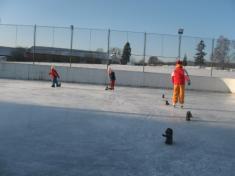 Zimní sporty ve školní družině bobování a bruslení