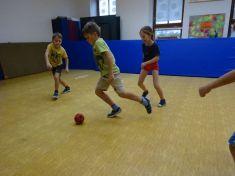 Páteční sportování ve školní družině 8. a 15.12. 2017